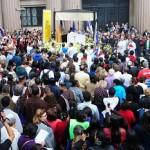 Fiéis enchem a Praça da Sé na solenidade de Corpus Christi